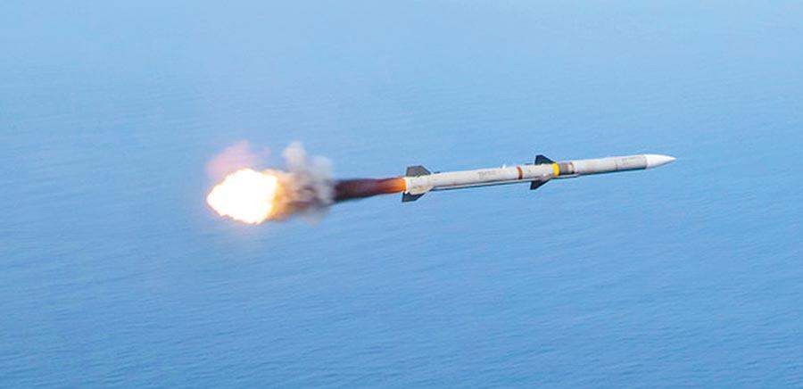 美軍AIM-120飛彈。(取自美國空軍官網)