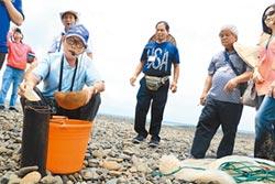 楓港社區開班 教唱數魚苗歌