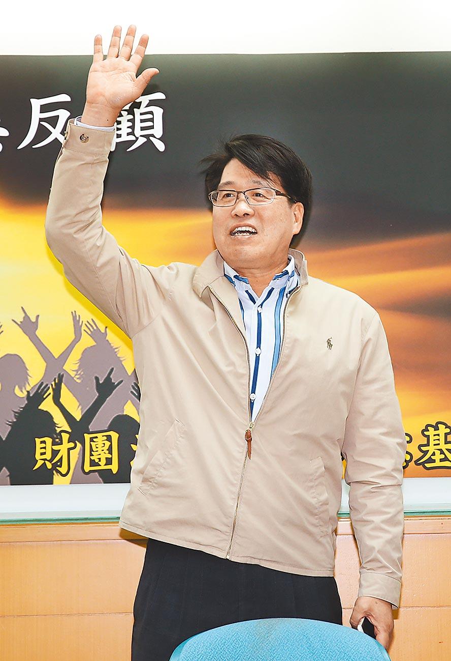 台灣民意基金會董事長游盈隆,昨拋出震撼彈。(本報資料照片)