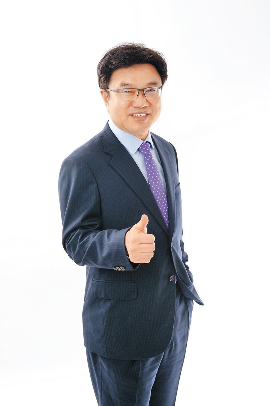 永達保經董事長吳文永