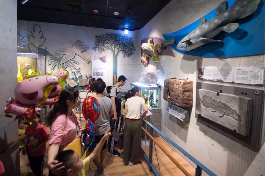 左鎮化石園區館館藏豐富,活動多元,非常適合親子旅遊。(劉秀芬翻攝)
