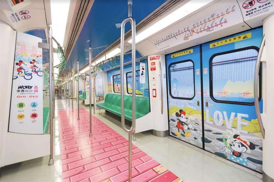 台灣華特迪士尼即起至8月20日在高雄推出限定版的「高雄捷運米奇彩繪列車」。(台灣華特迪士尼提供)