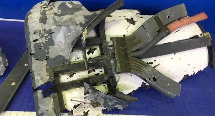 伊朗已找到遭其擊落的美軍RQ-4全球鷹無人機殘骸,證明無人機被擊落時正入侵伊朗空域進行偵察。(圖/伊朗Tasnim通訊社)