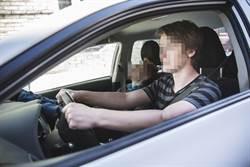 車內開冷氣睡覺 2男竟窒息身亡