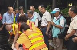 韓國瑜今夜宿林園環保志工家  鼓勵資源回收個體業者