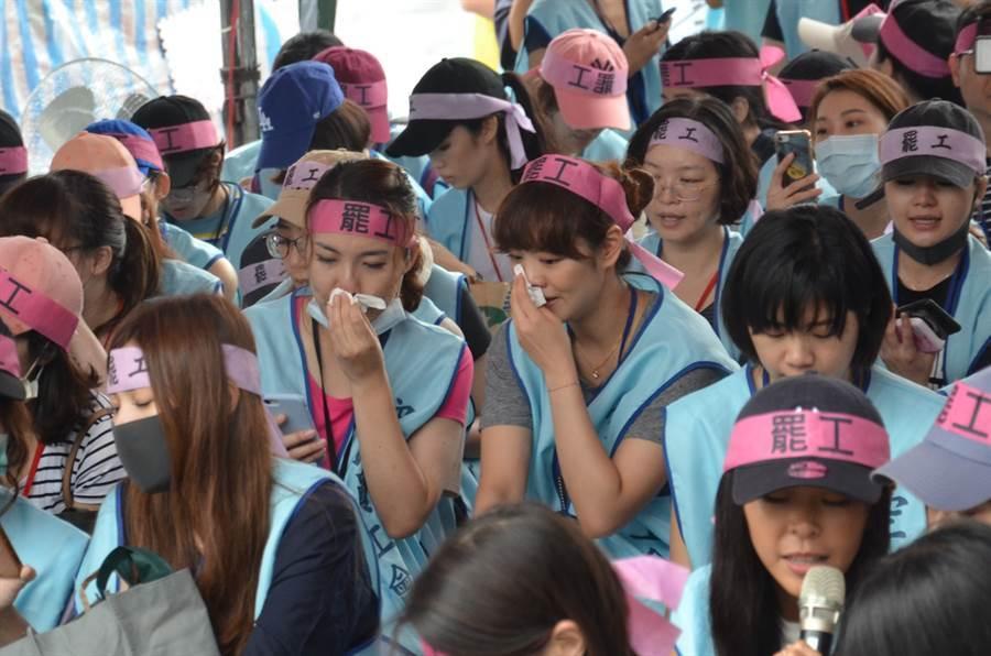 圖為長榮空服員罷工。(資料照片/賴佑維攝)