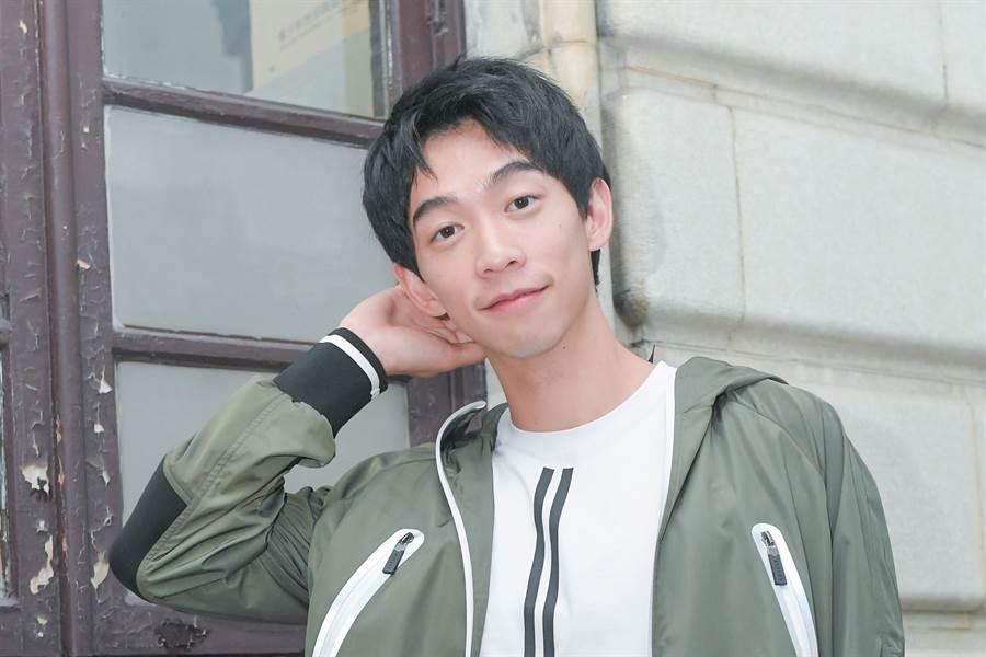 王可元演出的角色雖然都挺有難度,但也讓他的演技被認可。(盧禕祺攝/服裝BLACKBARRETT提供)