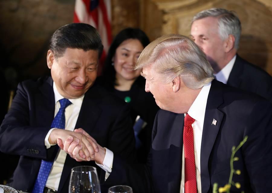 美國總統川普即將與中國大陸國家主席習近平於G20舉行高峰會。圖為習近平2017年訪美時與川普會晤。(Steven Mnuchin)