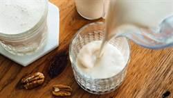 保久乳更勝鮮奶!營養師:這兩類人必喝