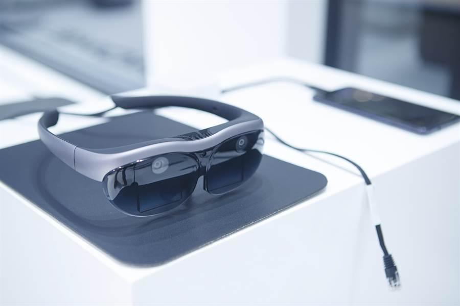 vivo AR眼鏡支援遊戲、移動辦公、5G影院、人臉識別和物體識別的五種應用。(圖/vivo提供)