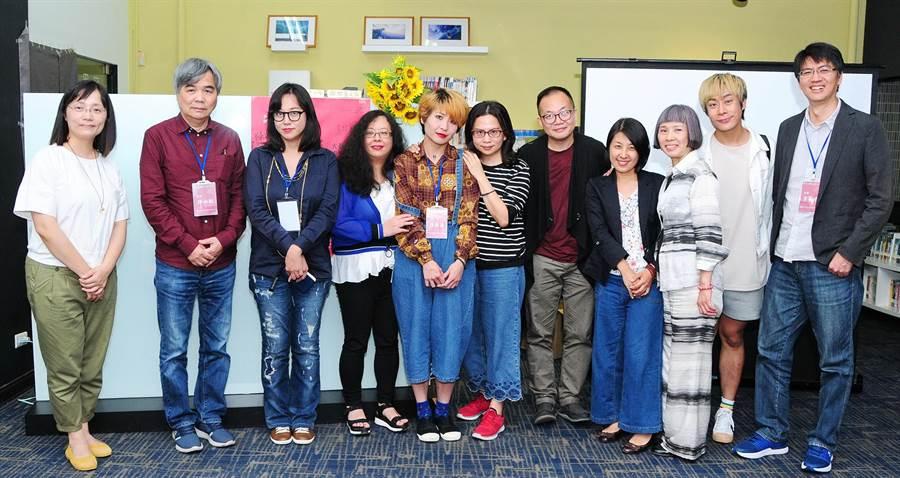 靜宜大學為提升文學創作力、發掘寫作新秀,特舉辦「靜宜大學第10屆文學獎」。(陳世宗攝)