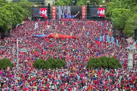 挺韓國瑜 新竹30萬人高喊凍蒜 - 時事頻道