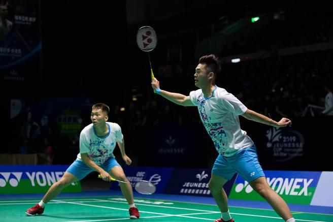 王齊麟(右)、李洋(左)努力爭取首座超級1000系列冠軍。(資料照/海碩整合行銷提供)