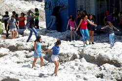 太罕見!30度高溫狂下大冰雹 這城被淹慘狀曝光