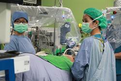 紳漢微創機器手術 輔大醫院完成超過40例