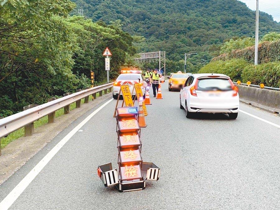 因應酒駕新制上路,警政署規劃自7月1日至3日實施全國同步取締酒駕專案。(林郁平翻攝)