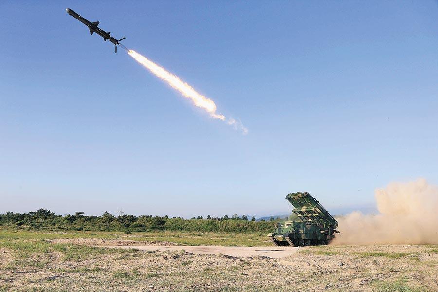 2017年6月9日,北韓成功試射新型地對艦巡航飛彈。(新華社)