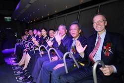 智崴今年營運季季高 2023年衝全球百座飛行劇院