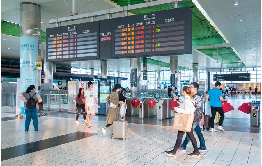 ▲青埔特區在交通方面的優勢,吸引許多台商前往購屋。