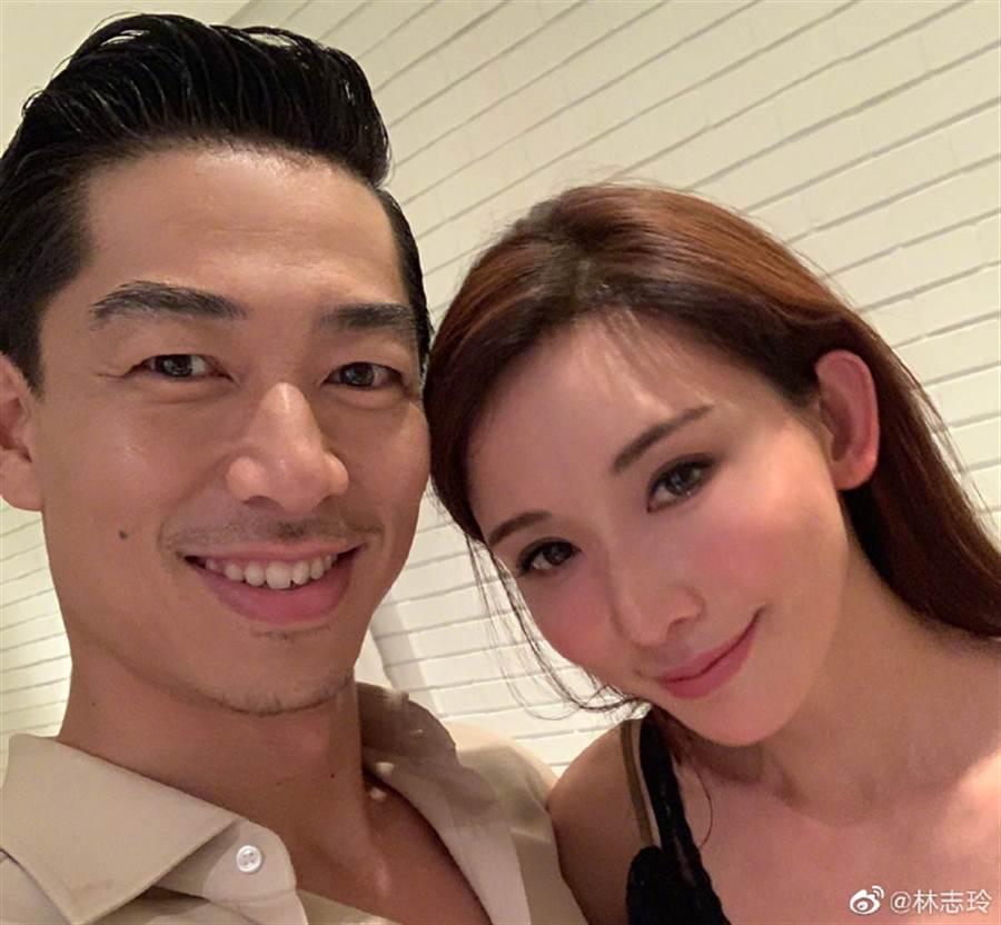 林志玲、AKIRA上月6日閃電結婚。(圖/翻攝自微博)