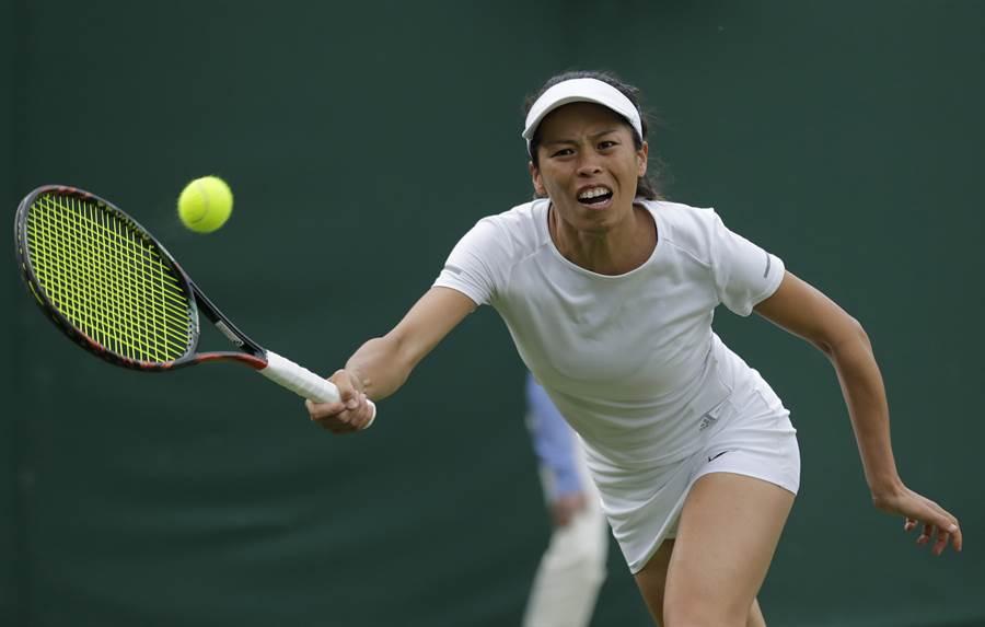 謝淑薇在WTA辛辛那提公開賽同日單、雙打都贏球!(資料照/美聯社)