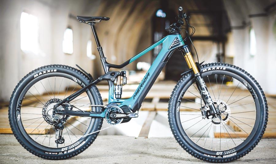 圖為歐洲市價10,000歐元的美利達新一代頂級全避震式運動型電動(輔助)登山車eONE-SIXTY 10K。圖/美利達提供