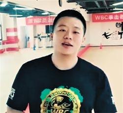 陸拳王練喻軒 視頻約戰館長