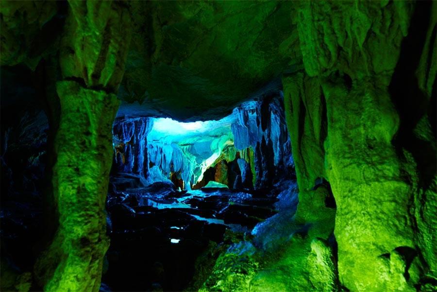 位在高知縣香美市的「龍河洞」,為日本三大鐘乳石洞,全長約4公里。(高知縣提供)