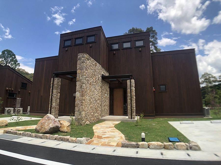 Mont-bell開發的戶外活動設施「Mont-bell Outdoor Village 本山」將於7月7日開張。(高知縣提供)