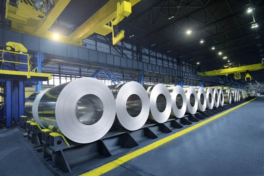 美國商務部2日發表聲明表示,已鎖定部分在南韓或台灣製造、再運到越南稍微加工,最後對美國出口的鋼鐵製品,課徵高達456%關稅。(示意圖/達志影像)
