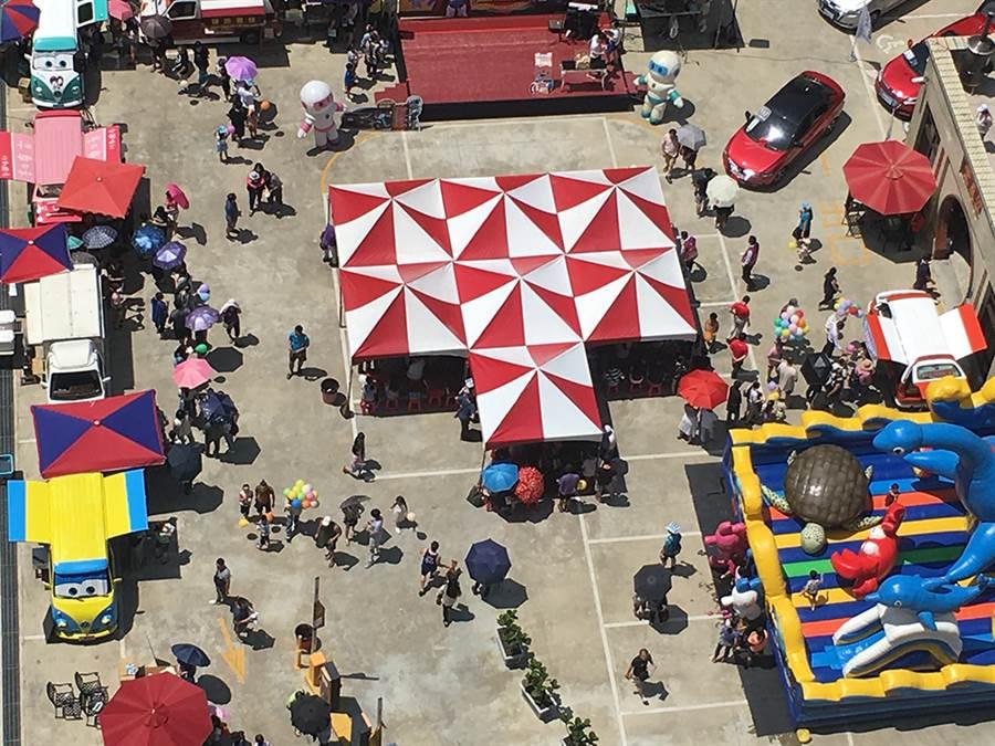 傳佳世紀城熱銷也逾九成,建商特別回饋祭出已購者抽百獎好禮活動。