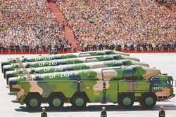 陸彈道導彈成航母殺手 關鍵在南海島礁上