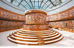 香奈兒打造 時尚圖書館