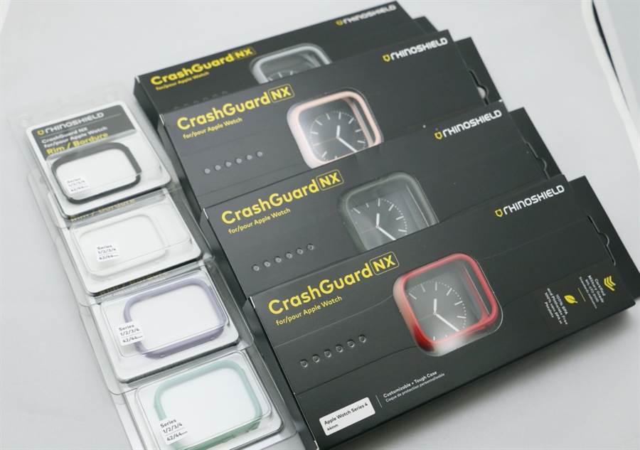 犀牛盾Apple Watch CrashGuard NX保護殼標準組合(黑盒)與增購的飾條配件。(圖/黃慧雯攝)