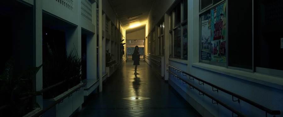 《鬼學怨》高中校園驚傳恐怖傳說,聽見鬼陰聲,千萬別回頭。(威視提供)