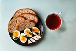 每天吃蛋配茶 醫學博士:效果驚人