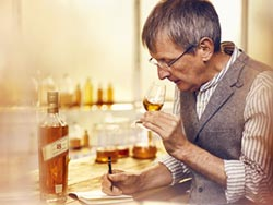JOHNNIE WALKER 18年 榮獲舊金山世界烈酒競賽雙金