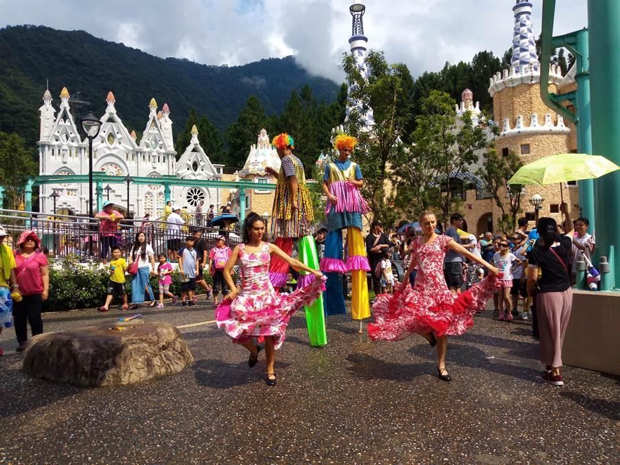 熱情奔放的佛朗明哥舞蹈,充滿西班牙浪漫風情。(廖志晃攝)