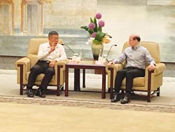 柯劉會上海登場 同喊兩岸一家親