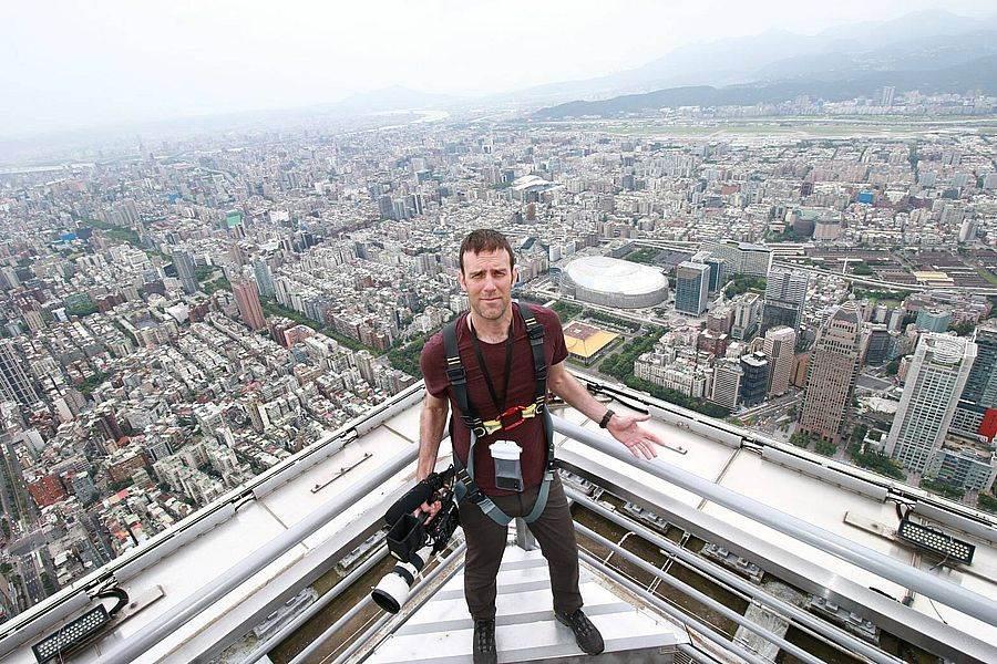 101觀景台也對外募集「登高宣言」,寫下100字內的「登高宣言」,即有機會「站聲101」,讓全世界聽到你的故事。(圖由Discovery授權,取自101官網)