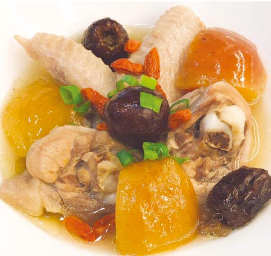 蘋果紅棗養顏雞湯         圖/美國沙朗大師頂級鍋具提供