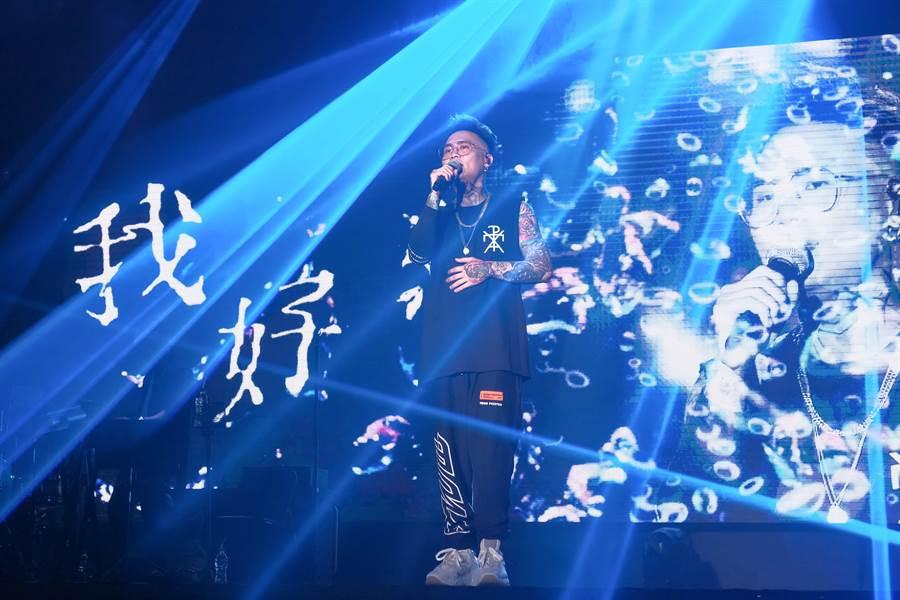蕭秉治昨在台大體育館開唱。(相信音樂提供)
