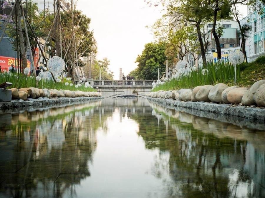 台中市府水利力主政府應帶頭保育地下水資源,不應為了景觀以非自然方式整治河川。(盧金足攝)