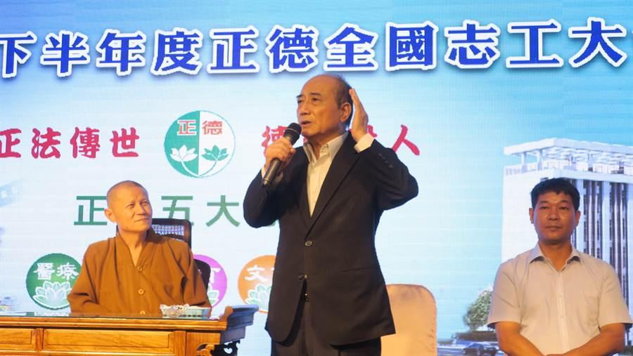 王金平強調自己是佛門弟子、正德志工,從政以來奉行文殊菩薩的不二中道精神。(謝瓊雲攝)