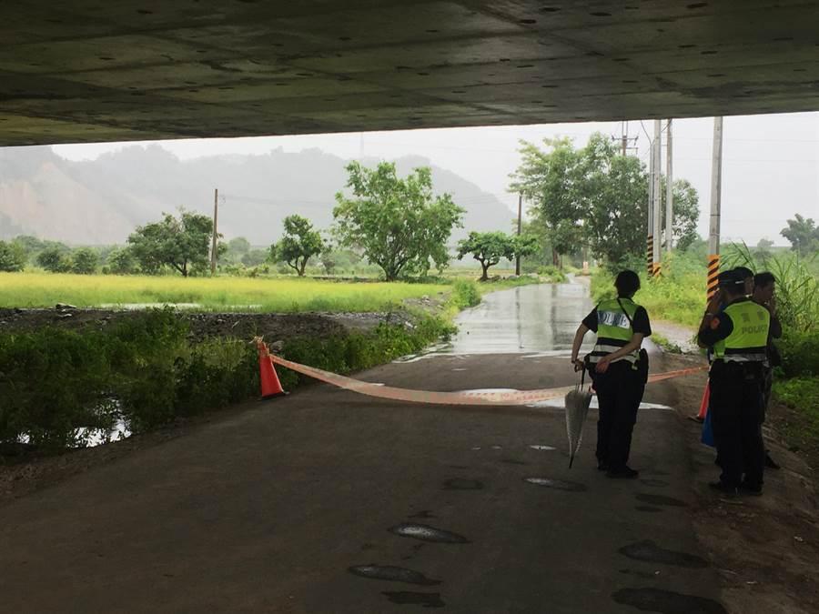 張姓老農在大甲溪豐原段堤防農路遭陌生人槍擊受傷,警方連夜追查,案發後24小時逮捕中年男子。(王文吉攝)