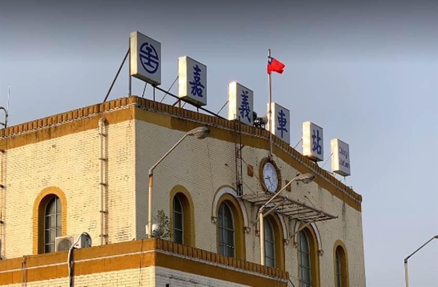 鐵警李承翰捨身保護旅客,嘉義車站擬建銅像紀念。(圖取自Google Map)