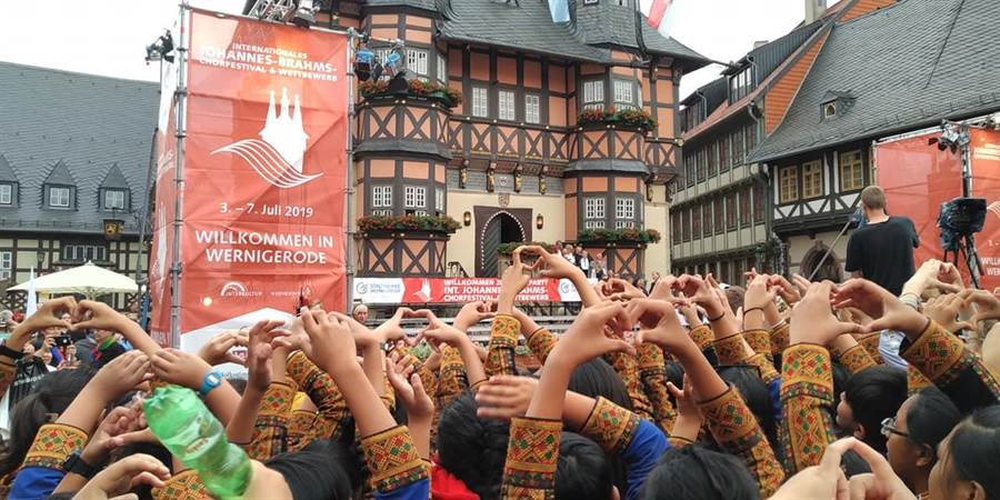 屏東希望兒童合唱團遠赴德國參加「2019勃拉姆斯國際合唱音樂節暨合唱比賽」,拿下3金好成績。(希望合唱團提供)