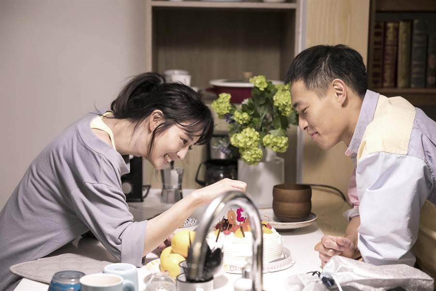 楊祐寧(右)與張鈞甯已很久沒接拍MV。(相信音樂提供)