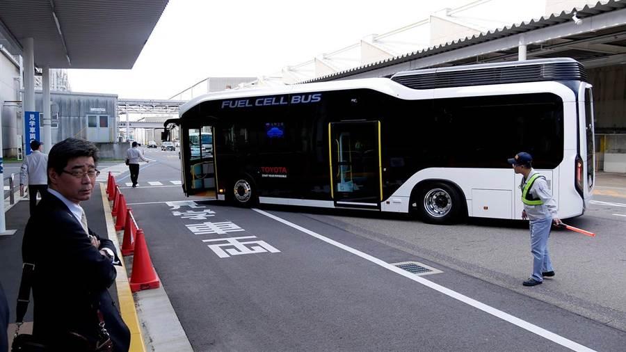 豐田立志要在2020年東京奧運時,完成東京燃料電池公車的交通路網與氫氣供應。(圖/豐田)