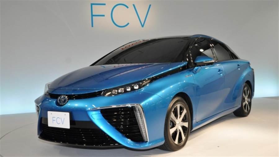 豐田推出的氫燃料驕車Mirai FCV,Mirai是未來的意思。(圖/豐田)